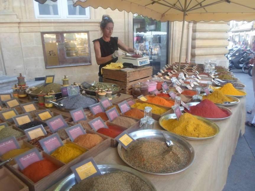 un marché provençal